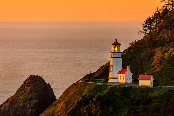 Heceta Head OR photo by Curt Peters of Digital Dunes Photography in Florence, OR lores