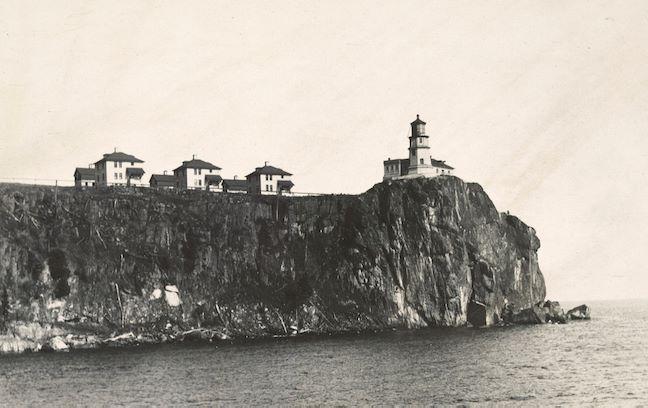 Split Rock Lighthouse early photo